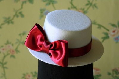 Mini Hat Red temptation